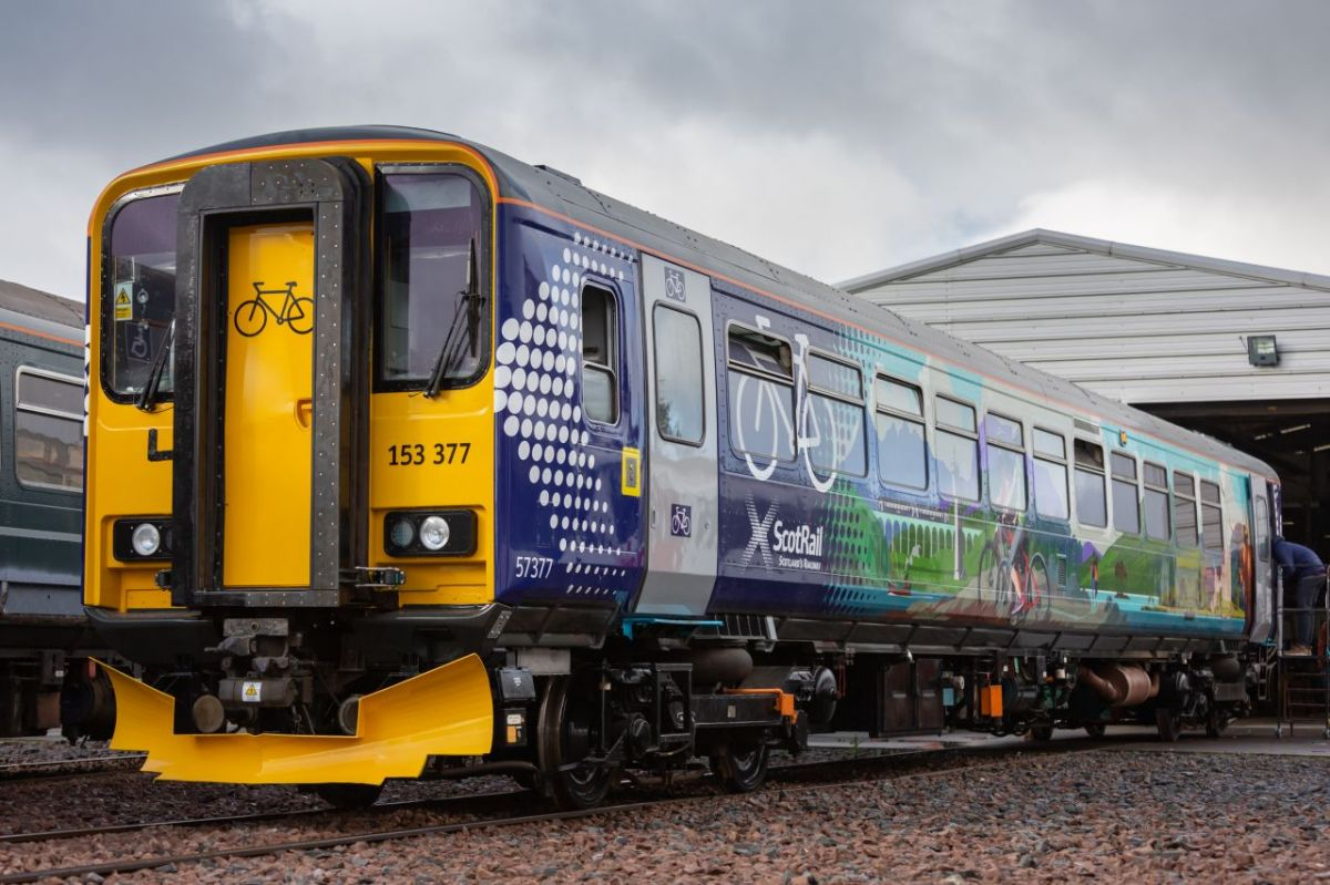 Class 153 Active Travel Carriages - Redelivery